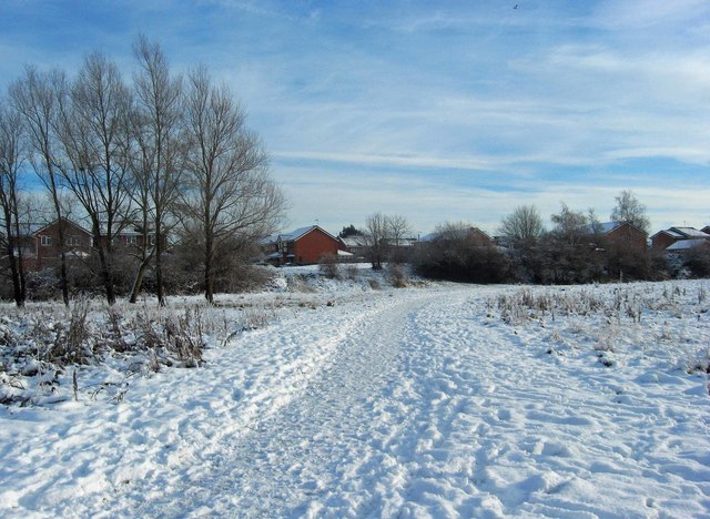 Snow covered footpath to Golden Hind Drive, Stourport-on-Severn