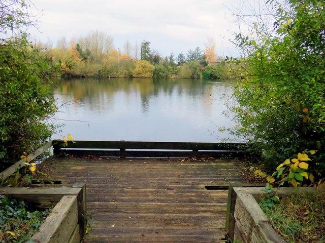 A fishing deck by Hinksey Lake