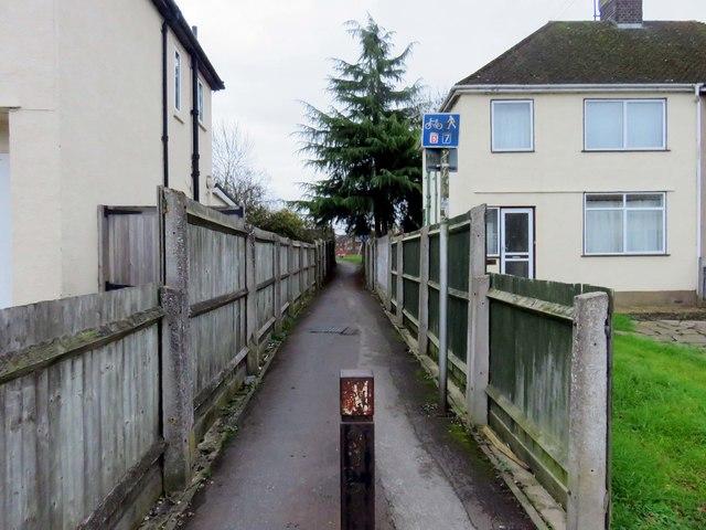 Footpath to New Hinksey Playground