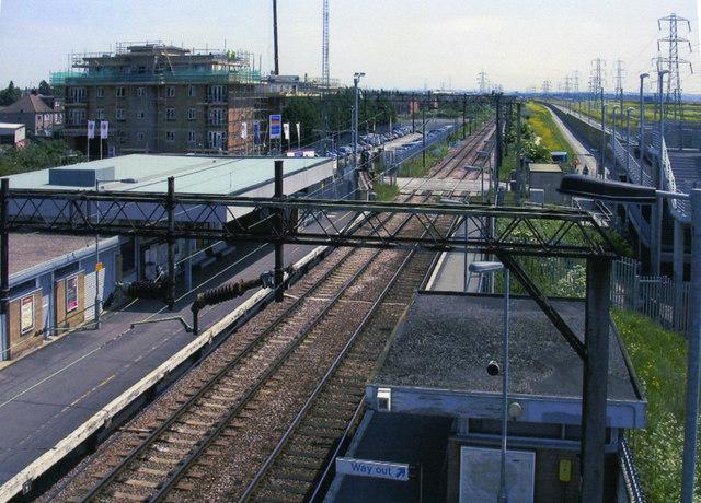 Rainham (Essex) station, view SE 2005