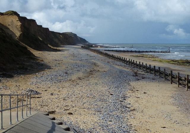Beach and sea defences at West Runton