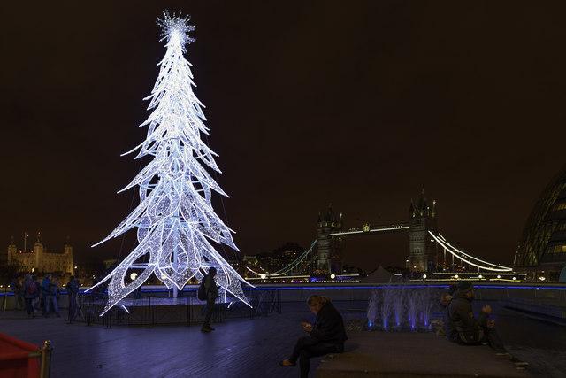 Christmas Tree London SE1