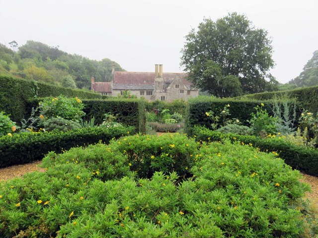A garden at Mottistone Manor