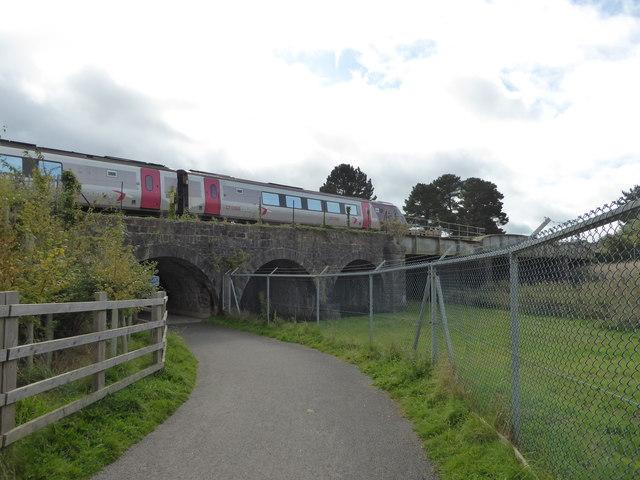 Train towards Newton Abbot