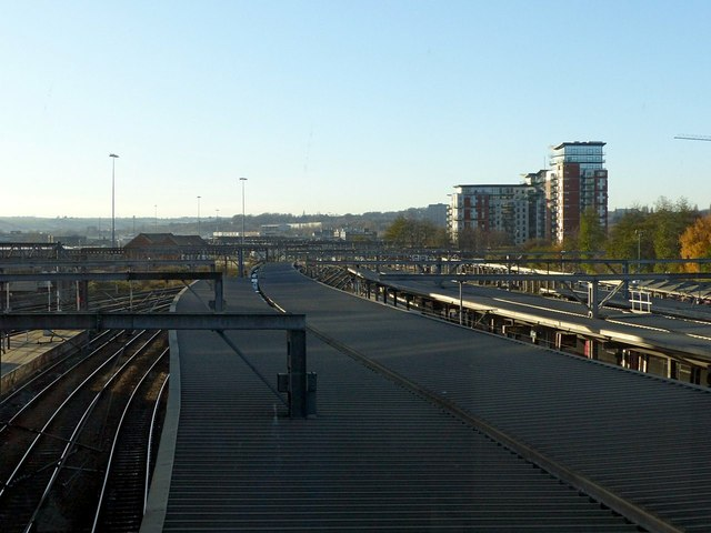 Western approaches, Leeds Station