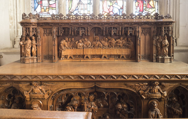 St Peter, Sudbury - South chapel altar