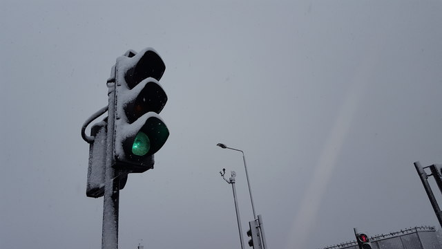 Traffic Lights in the Snow