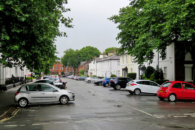 A wet summer morning in Vernon Street