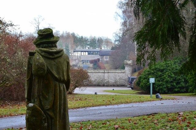 Edie Ochiltree's statue, Abbotsford