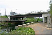 TQ3784 : Waterden Road bridge, River Lea (or Lee) by David Kemp