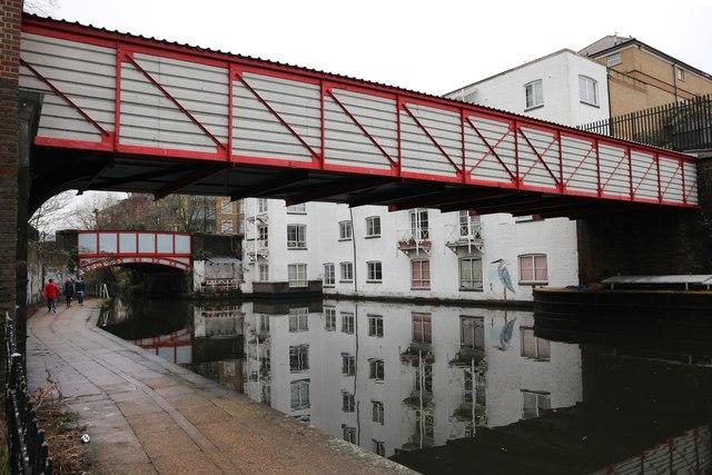 Regents Canal by 324 Harrow Road