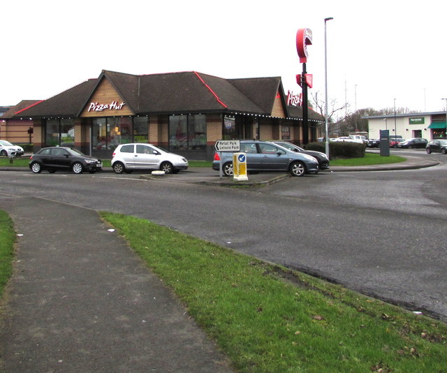 Pizza Hut In Newport Retail Park Jaggery Cc By Sa20