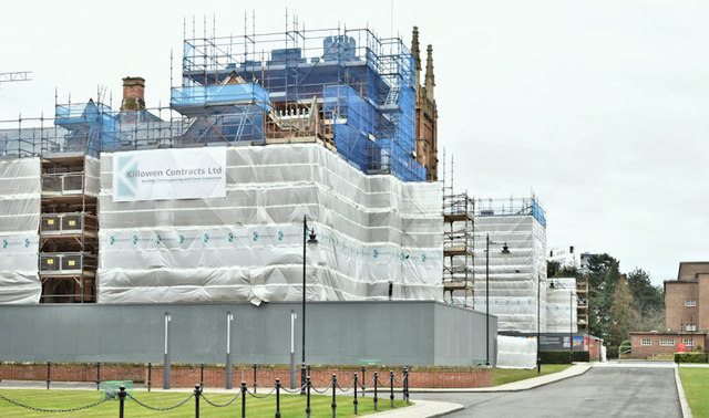 Repair work, Queen's University, Belfast (December 2017)