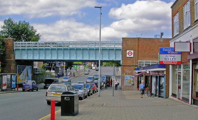 Entrance to Ruislip Manor station, 2009