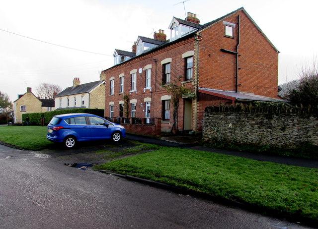 Row of three brick houses, Castle Street, King's Stanley