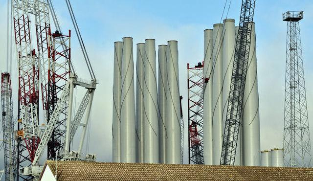 Wind turbine masts, Belfast harbour - December 2017(2)
