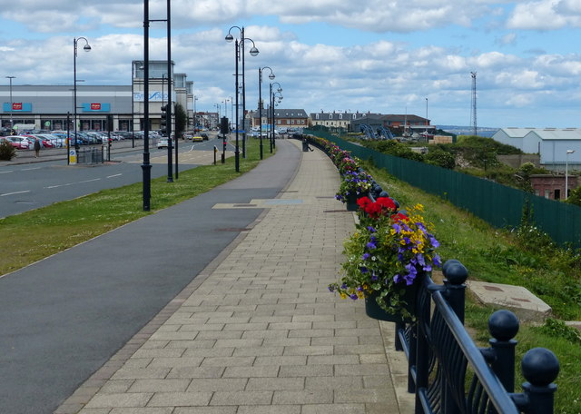 Path along the A182 in Seaham