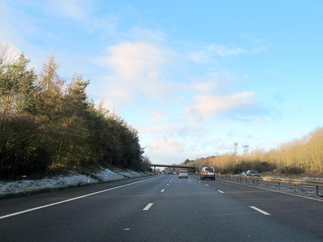 M40 Motorway North Approaching Dark Lane Overbridge