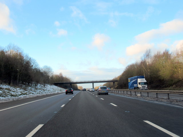M40 Motorway North Approaching Shrewley Common Overbridge