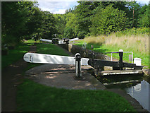 SO8685 : Stourton Lock no 4 in Staffordshire by Roger  Kidd