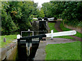 SO8685 : Stourton Locks west of Stourbridge in Staffordshire by Roger  Kidd