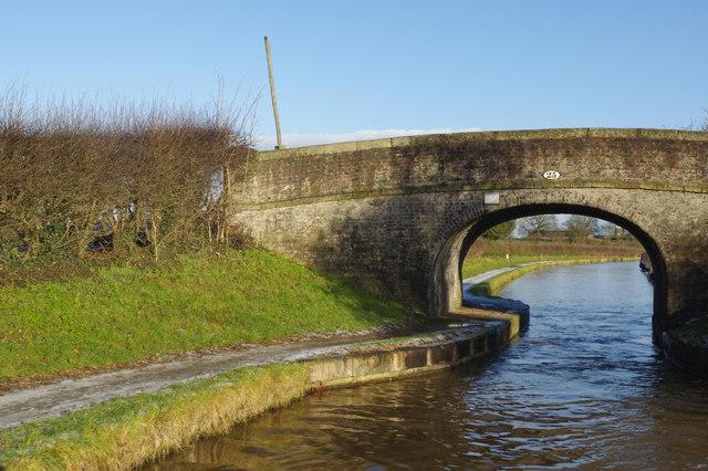 Hughes Bridge, Middlewich Branch Canal