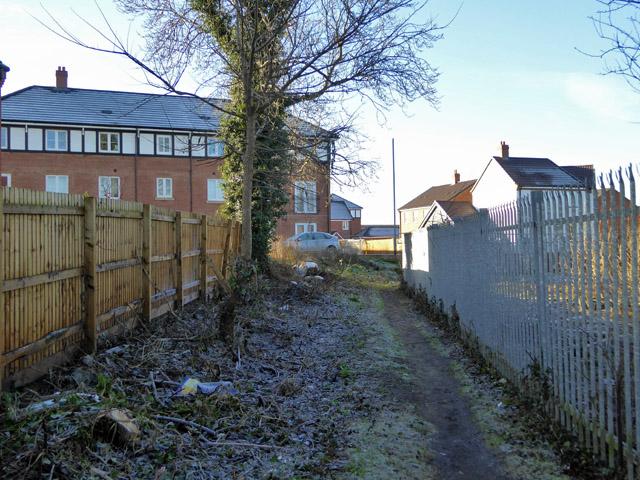 Footpath from Buckingham Road to Northern Road, Aylesbury