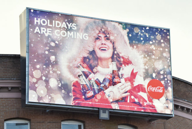 Coca-Cola Christmas advertisement, Belfast (December 2017)