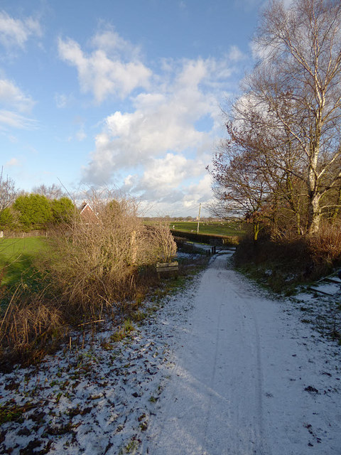 Access path to the Whitegate Way