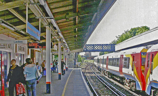 Staines station, Up platform 2005