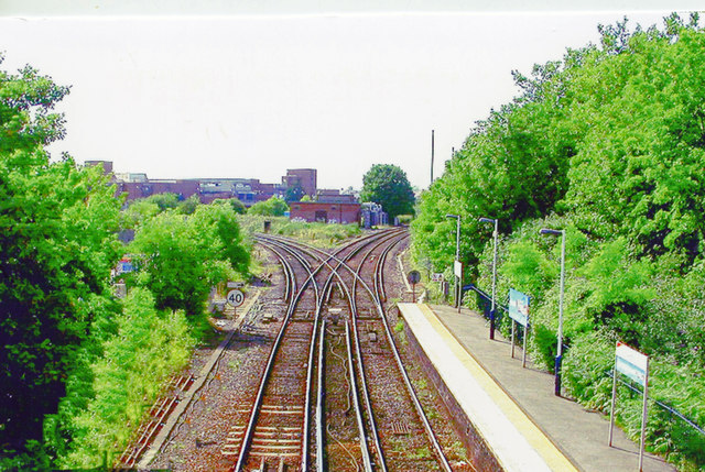 Staines, junction west of station, 2005