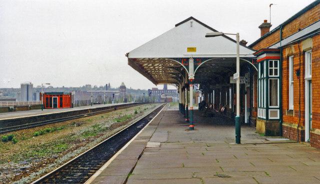 Stalybridge station, 1997