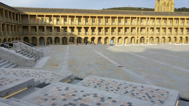 Water feature at the Piece Hall, Halifax
