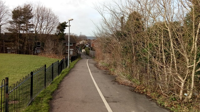 Footpath and cycleway to Chaucer Way