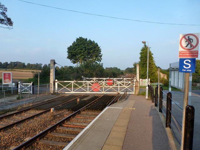 Dullingham level crossing