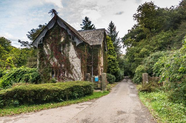 Carabone Lodge, Trelowarren