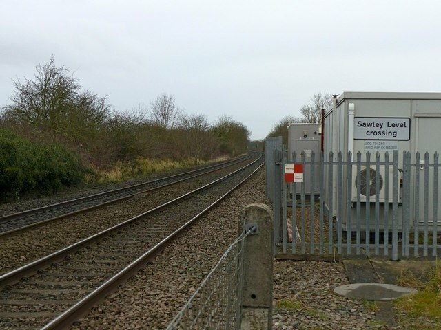 Sawley Level Crossing, looking west