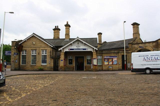 Shipley Station, Booking Hall