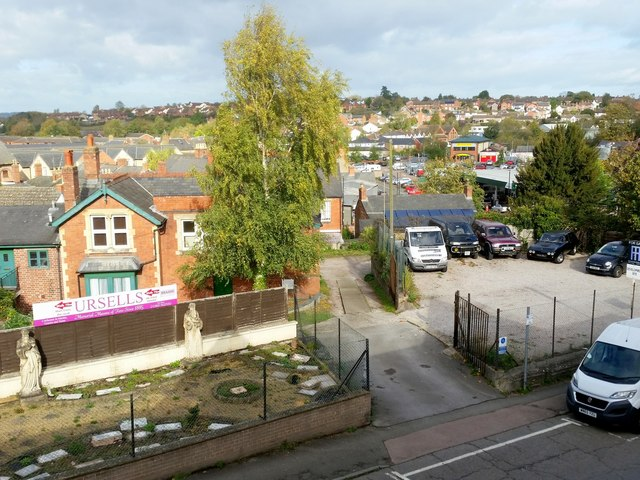 View across Cantilupe Road, 2