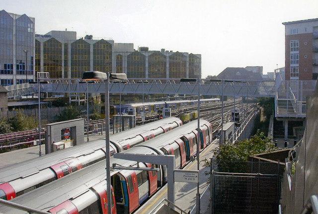 Stratford Low Level, Jubilee Line platforms, 2007