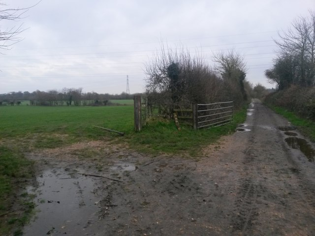 Knighton: eastward on the Stour Valley Way