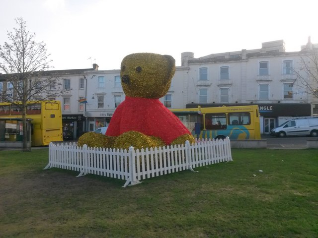 Bournemouth: twinkly teddy bear in The Triangle