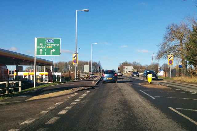 Roundabout ahead north of Towcester