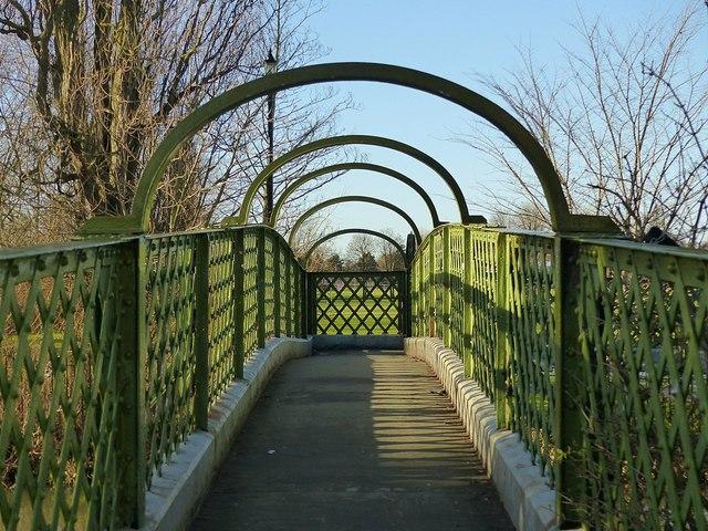Footbridge over the Erewash Canal