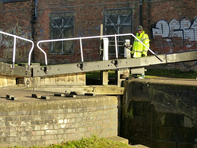 Volunteer lock-keeper