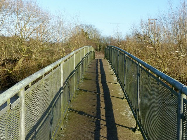 Footbridge over the River Derwent near Church Wilne
