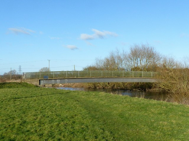 Footbridge over the River Derwent near Church Wilne