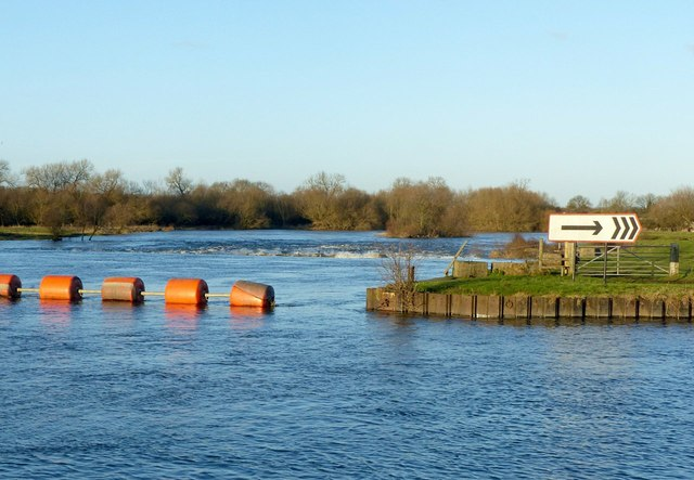 Sawley Weir and boom