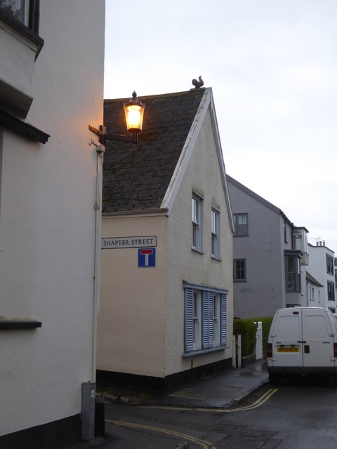 Rooftop ornament, The Strand, Topsham