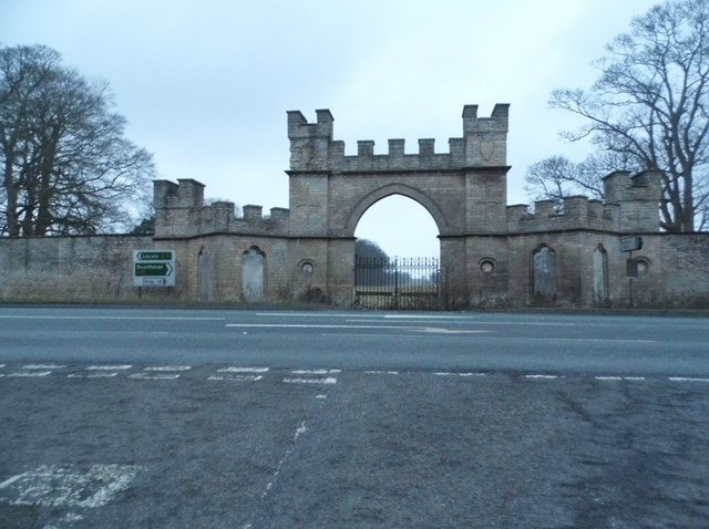 The entrance to Fillingham Castle on the A15